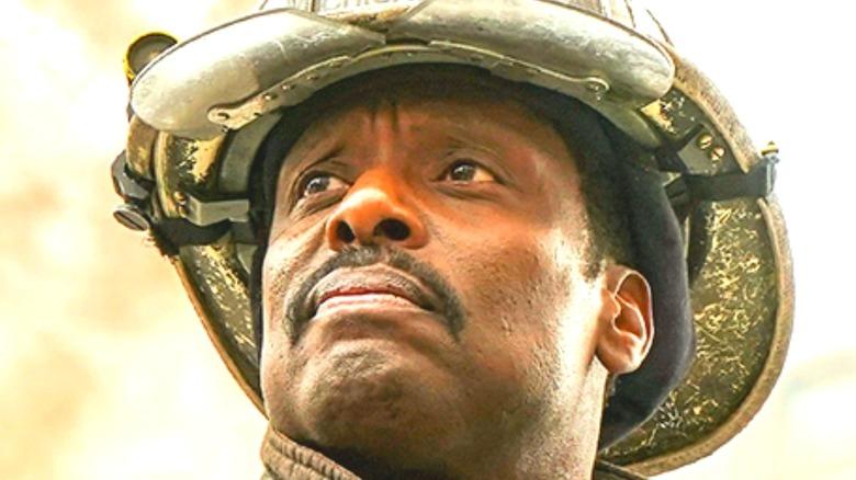 Chicago Fire Eamonn Walker mustache