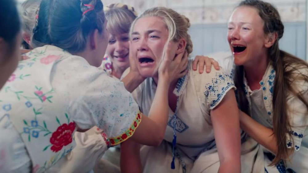 Dani crying in Midsommar