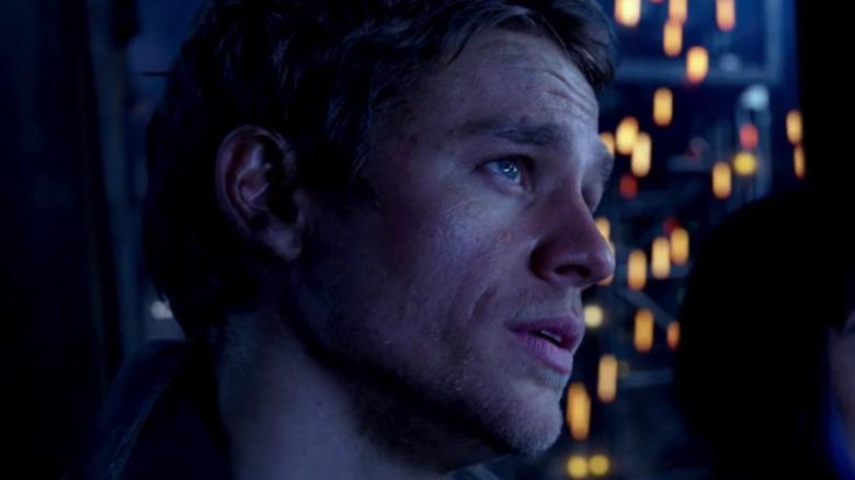 Charlie Hunnam Raleigh Beckett profile