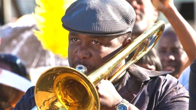 Wendell Pierce plays trombone