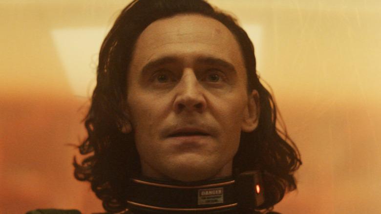 Loki wearing TVA collar