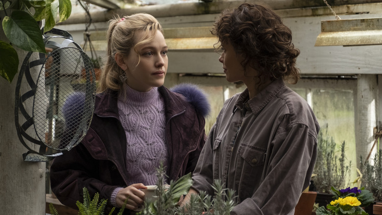 Victoria Pedretti and Amelia Eve as Dani and Jamie in The Haunting of Bly Manor