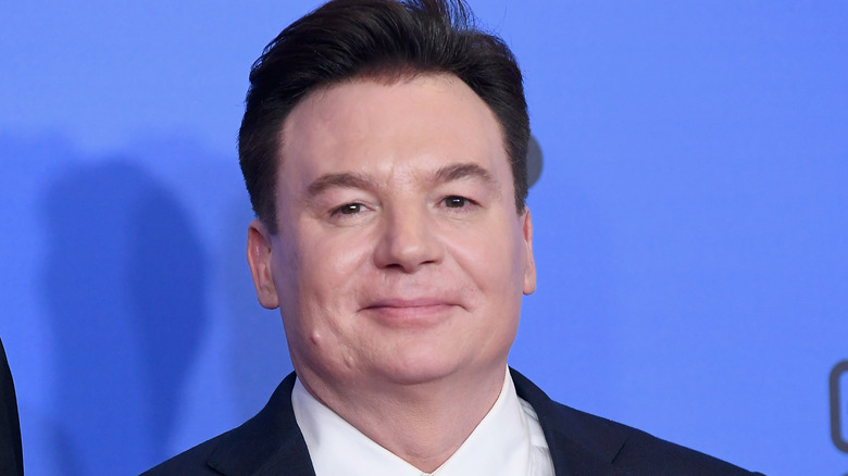 Mike Myers smiling Golden Globes
