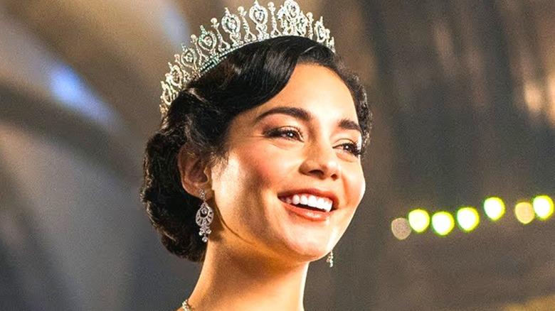 Vanessa Hudgens' Queen Margaret wearing a crown