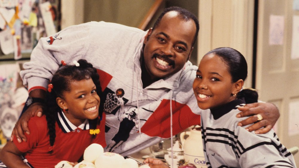 Jaimee Foxworth, Reginald VelJohnson, and Kellie Shanygne Williams as Judy, Carl, and Laura Winslow on Family Matters