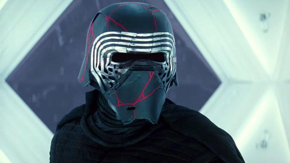Adam Driver Kylo Ren Star Wars: The Rise of Skywalker