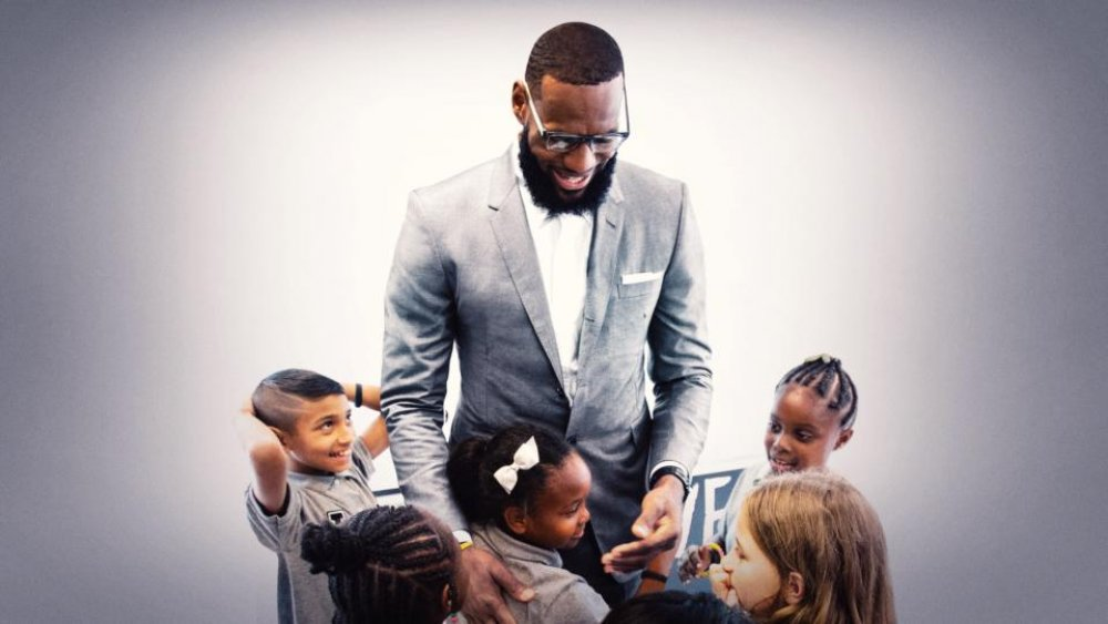 Lebron James and students from the I Promise School in Akron, Ohio