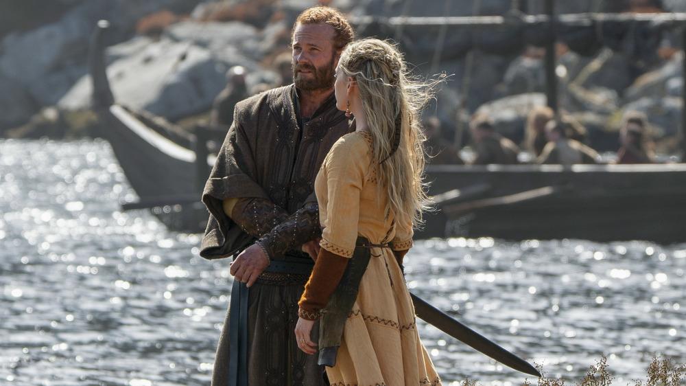 Erik (Eric Johnson) and Ingrid (Lucy Martin) conspiring