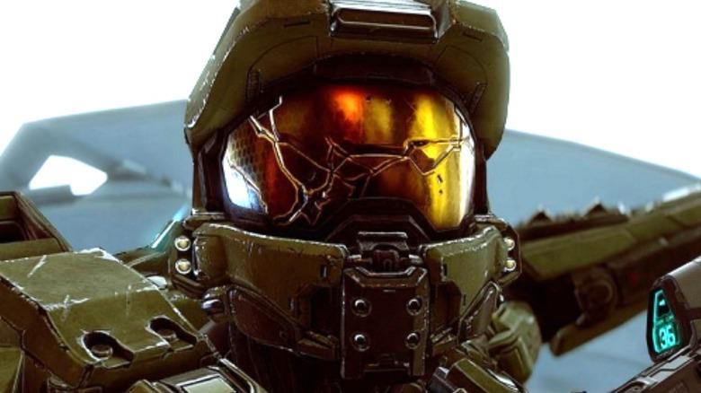 Halo Master Chief Cracked Visor