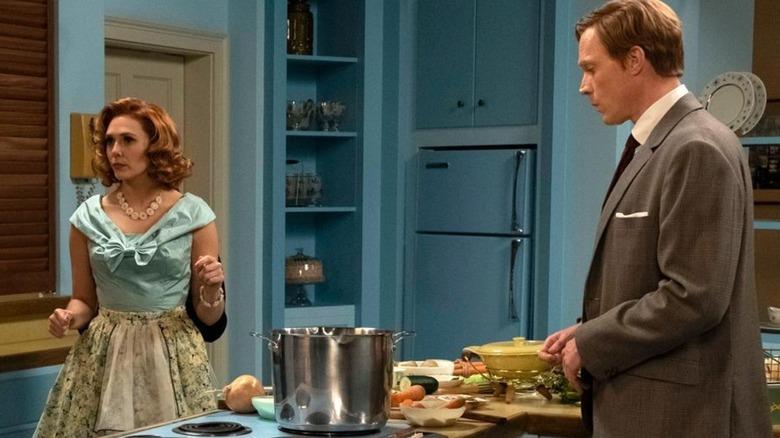 Elizabeth Olsen and Paul Bettany on WandaVision