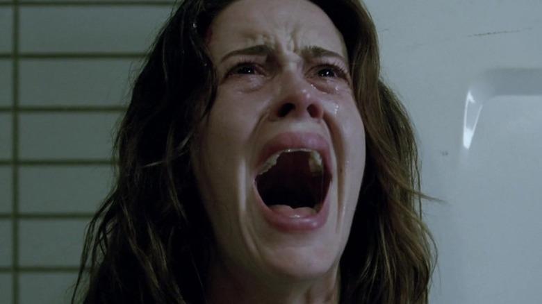 Sarah Paulson screaming and crying