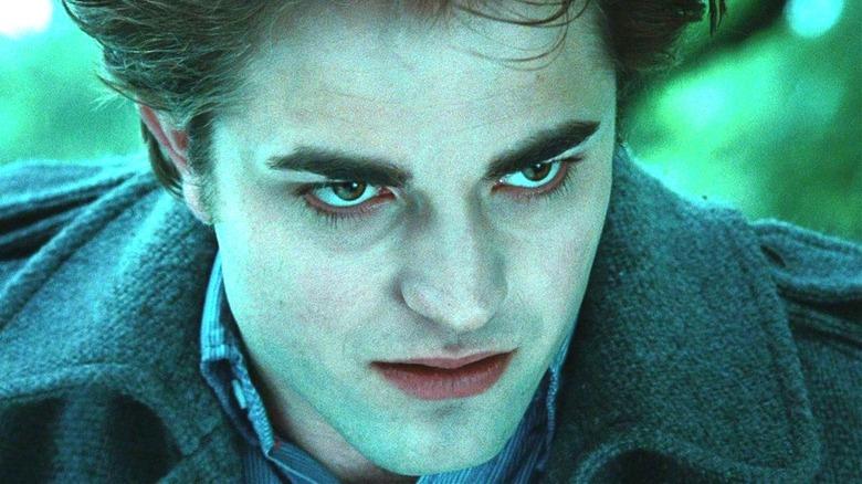 Edward snarling in Twilight