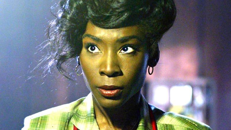 Donna looking suspicious