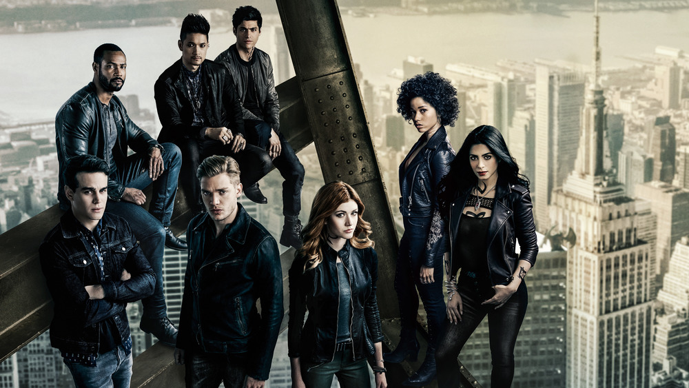 Shadowhunters cast stand on skyscraper