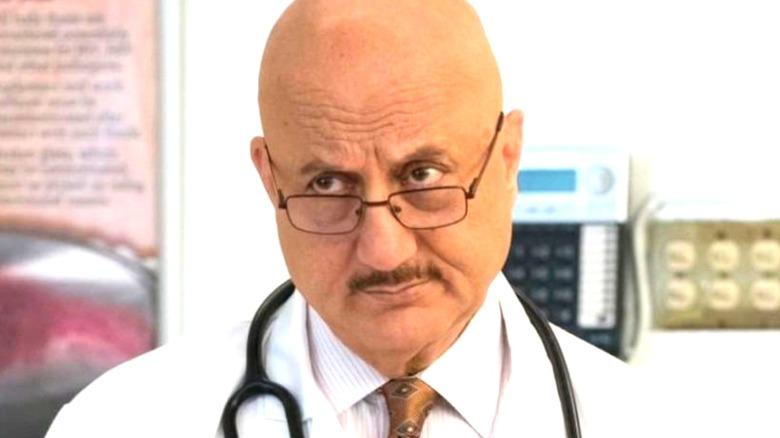 Anupam Kher Dr. Vijay Kapoor frowning