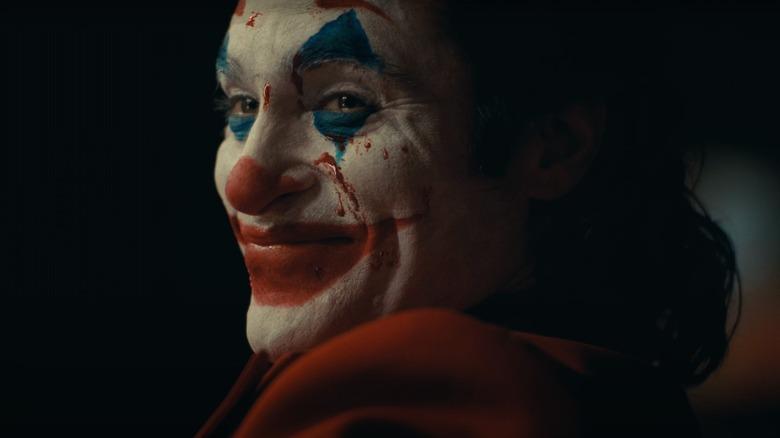 Joaquin Phoenix Joker smiling