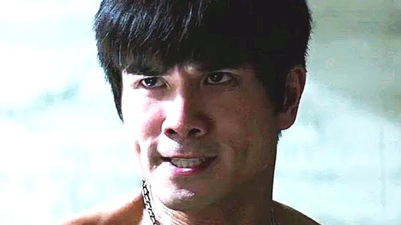 Bruce Lee preparing to fight