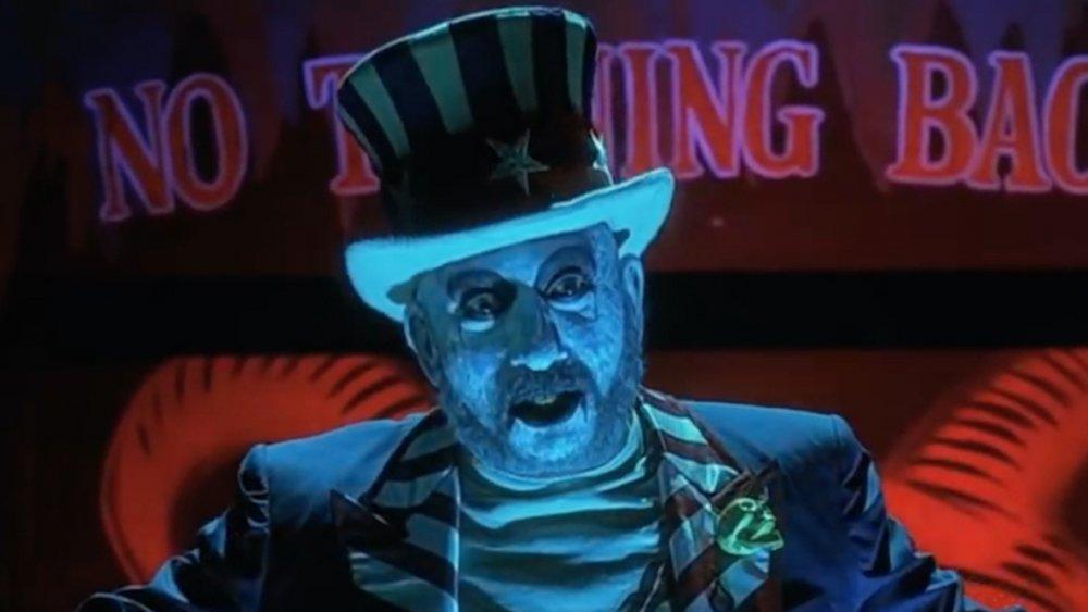 Sid Haig as Captain Spaulding in House of 1000 Corpses