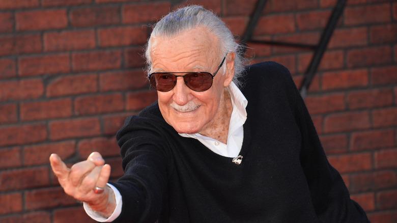 Stan Lee pointing