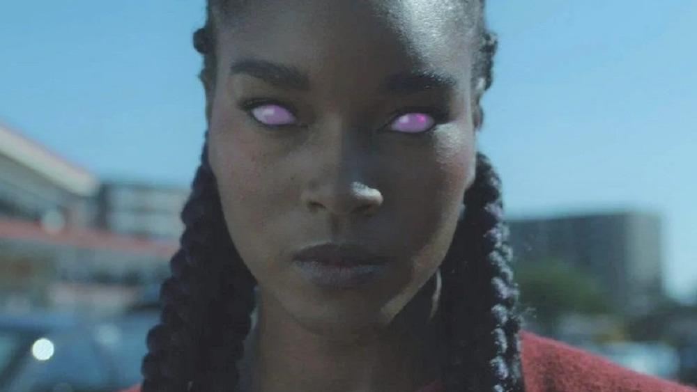 Blackfire with glowing purple eyes