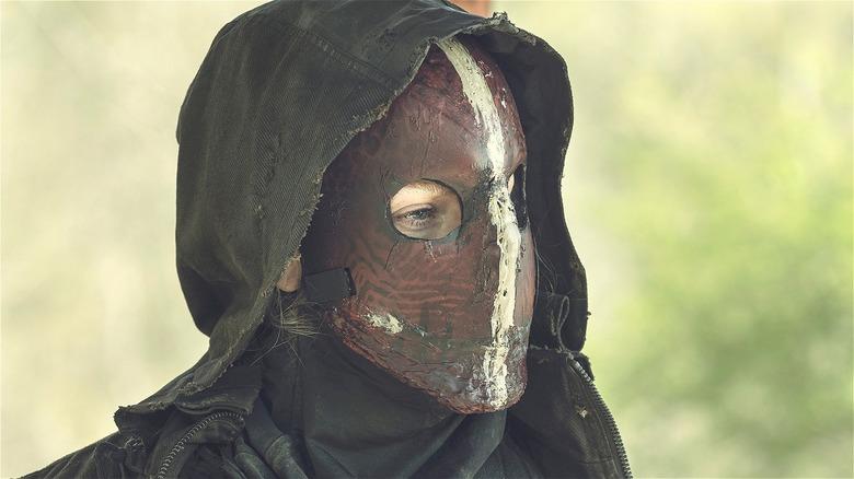 Leah in Reaper mask
