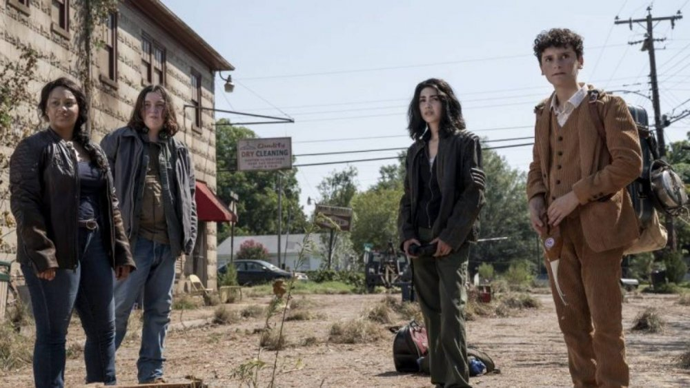 The main cast members of the spinoff series The Walking Dead: World Beyond