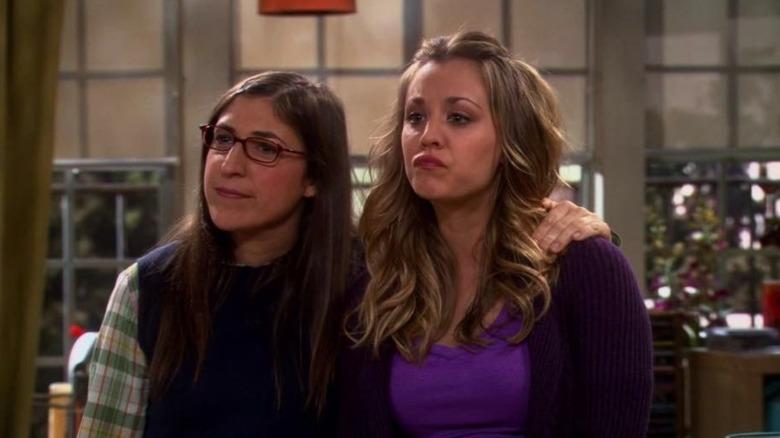 Mayim Bialik as Amy and Kaley Cuoco as Penny in CBS' The Big Bang Theory