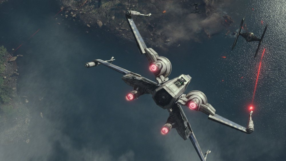 X-Wing starfighter in Star Wars The Force Awakens