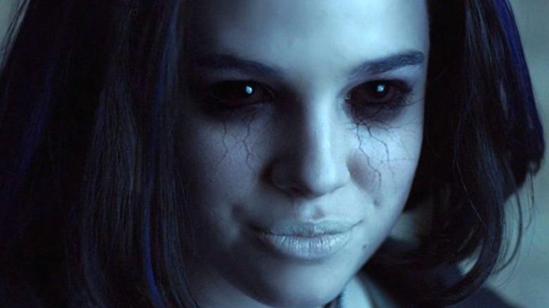Teagan Croft as Rachel Roth