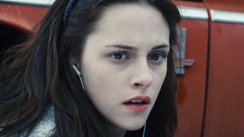 Bella watching Edward in shock