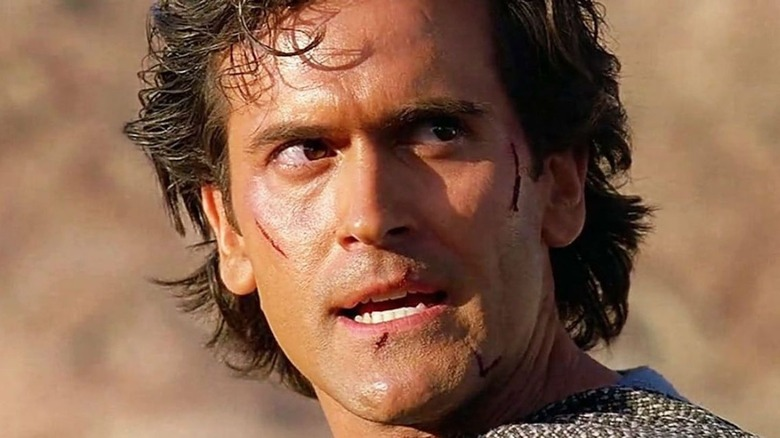 Bruce Campbell Ash Williams chainmail
