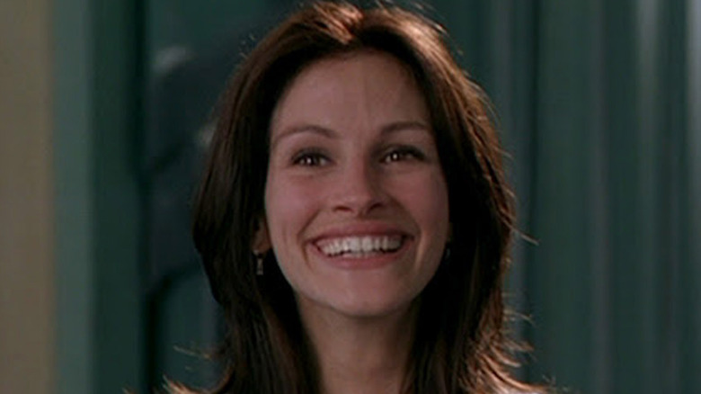 Julia Roberts smiling at presser
