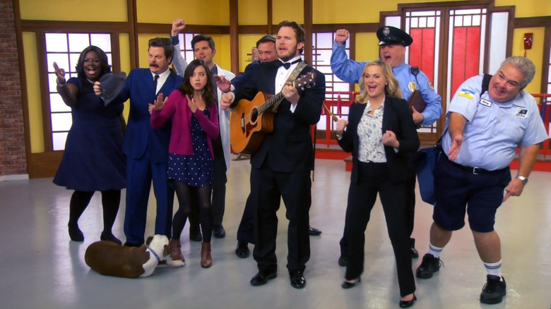 Chris Pratt and the cast of Parks and Recreation