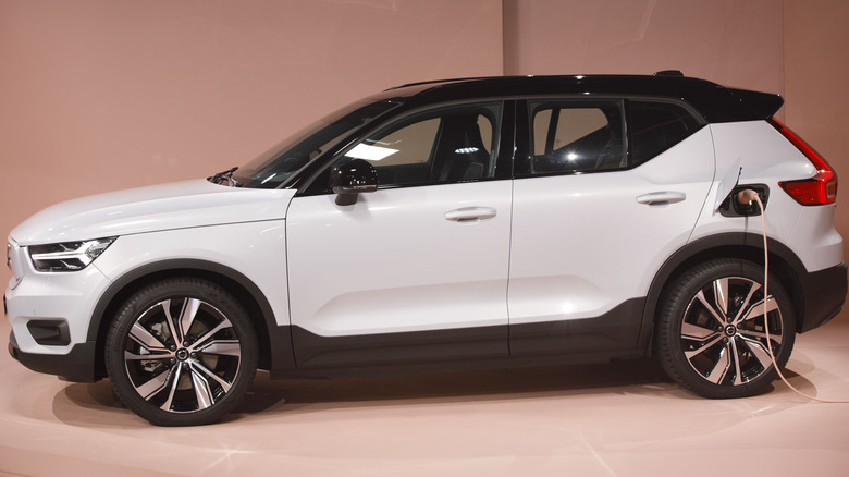 Volvo's XC40 Recharge plugged in