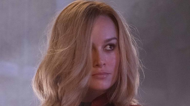 Brie Larson Captain Marvel hair over eye