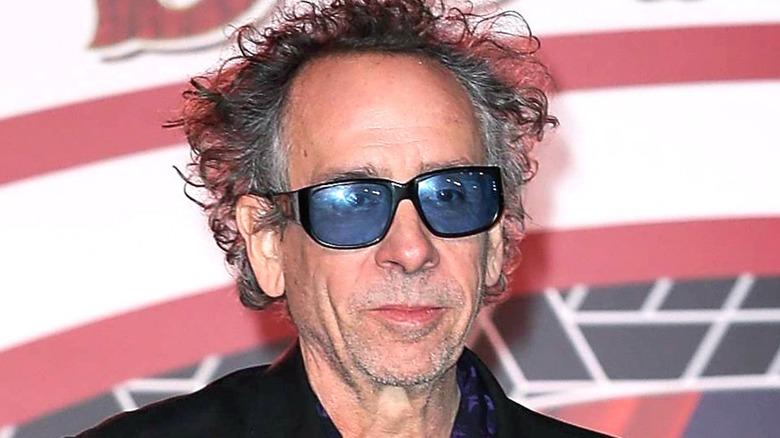 Tim Burton posing