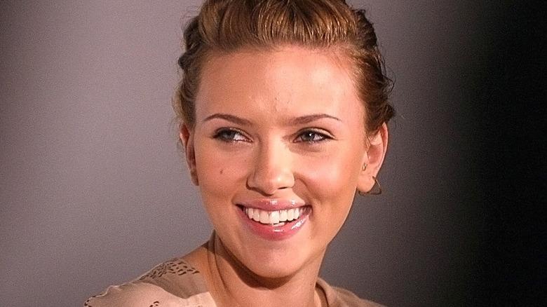 Scarlett Johansson posing