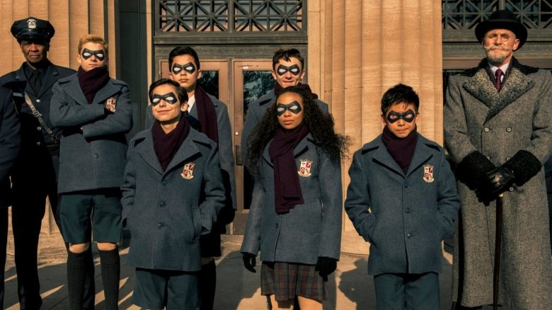 the young cast of The Umbrella Academy w/ Colm Feore