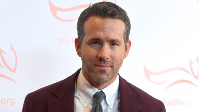 Ryan Reynolds Red Suit
