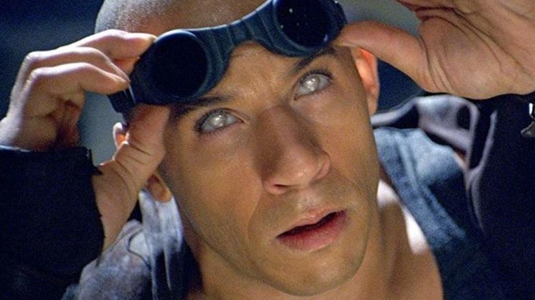 Riddick looking around