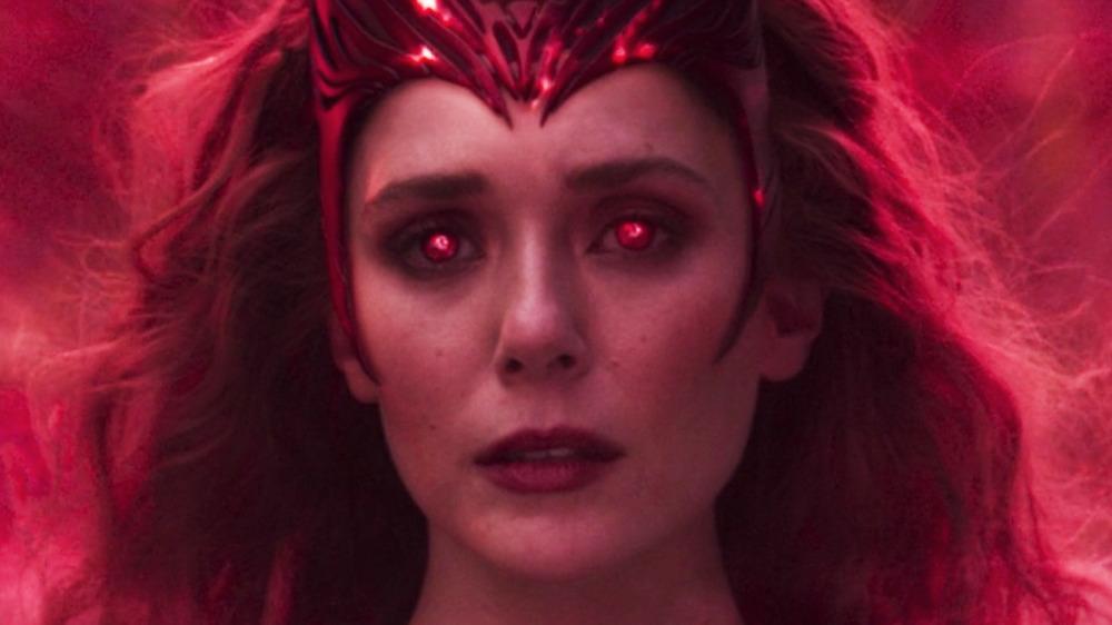 Wanda turning into the Scarlet Witch WandaVision finale