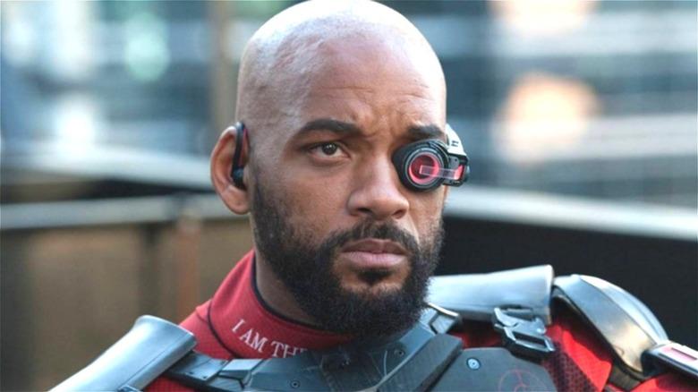 Deadshot wearing lens