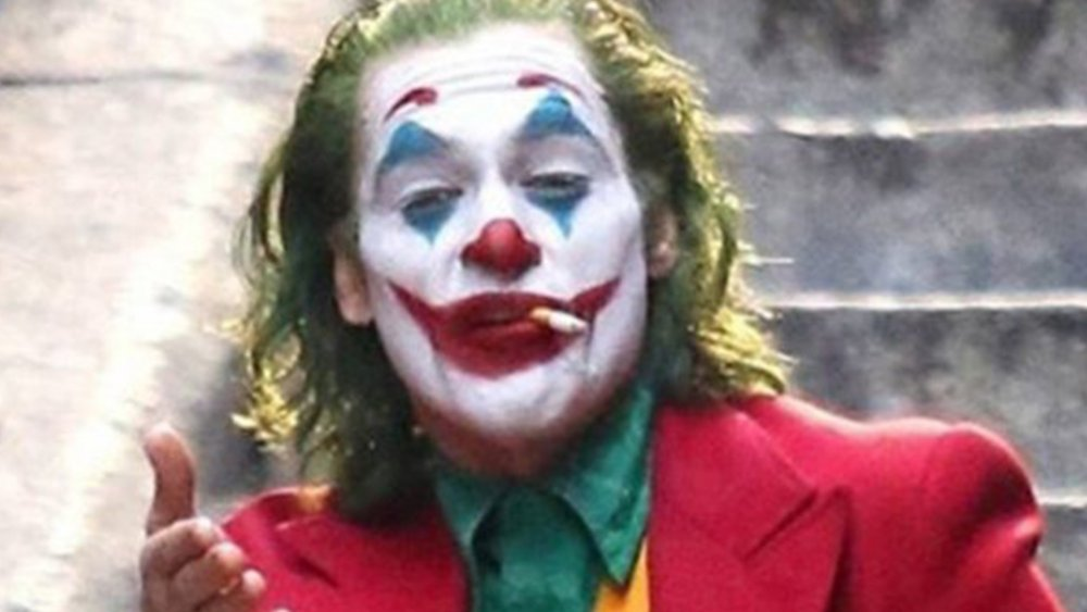 Joaquin Phoenix Joker smoking