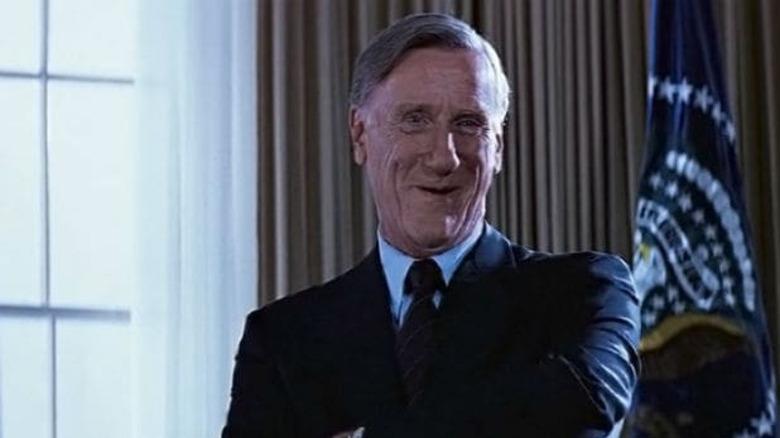 Donald Moffat President Bennett smiling oval office