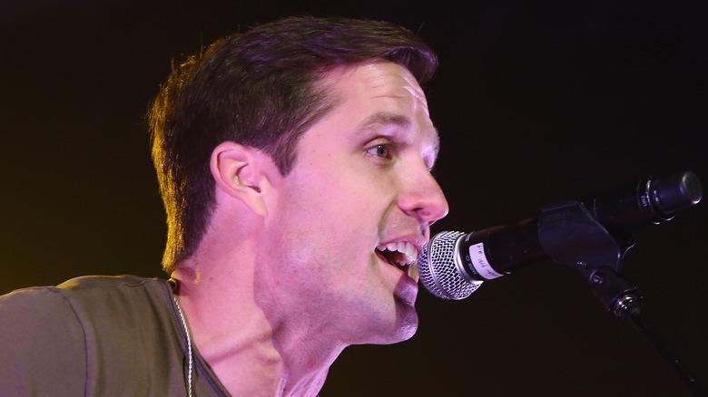 Walker Hayes singing