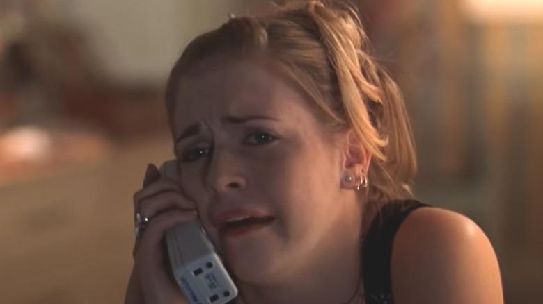 Melissa Joan Hart cries on phone