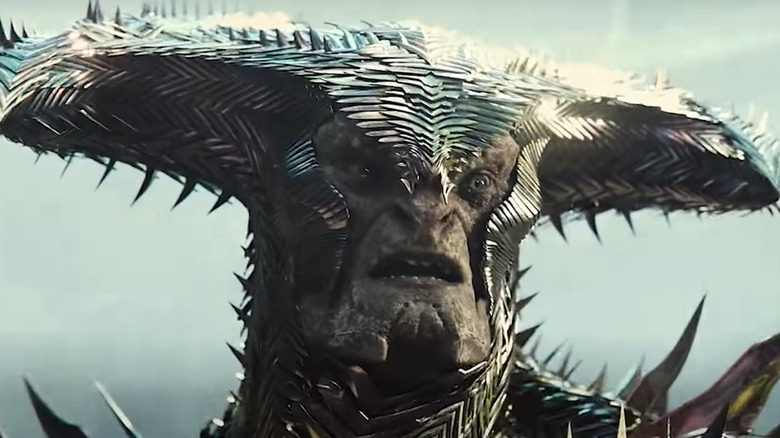 Steppenwolf's weapon in Justice League