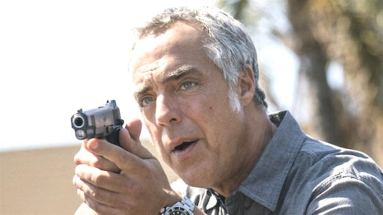 Harry Bosch pointing a gun