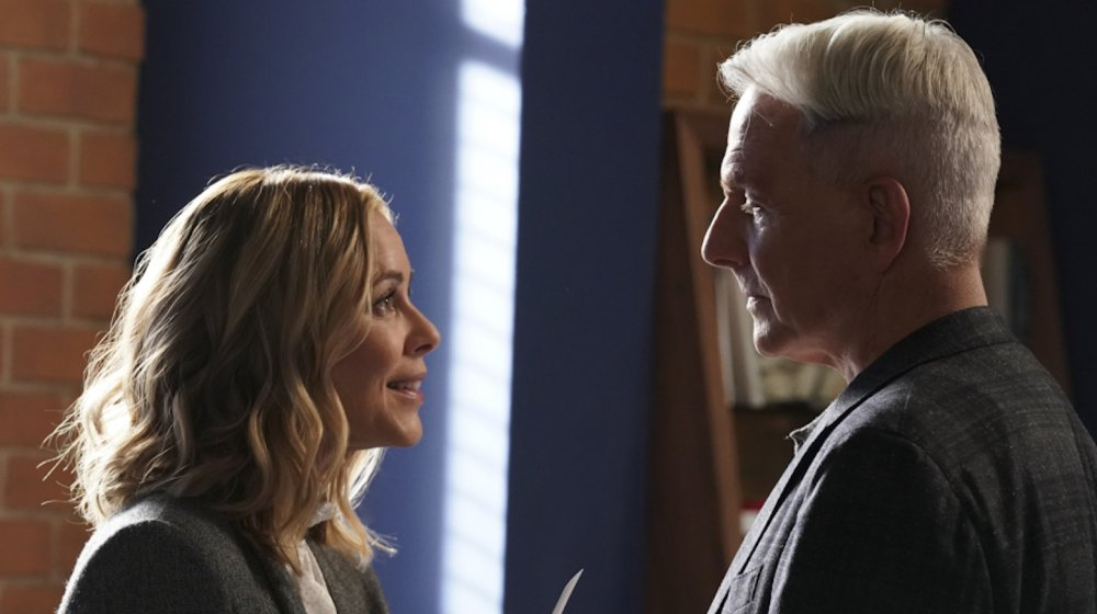 Maria Bello as Special Agent Jack Sloane and Mark Harmon as Special Agent Leroy Jethro Gibbs in NCIS