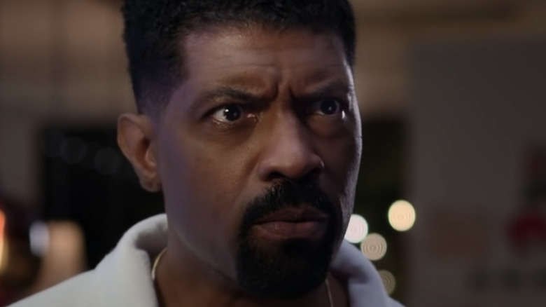 Deon Cole angry face